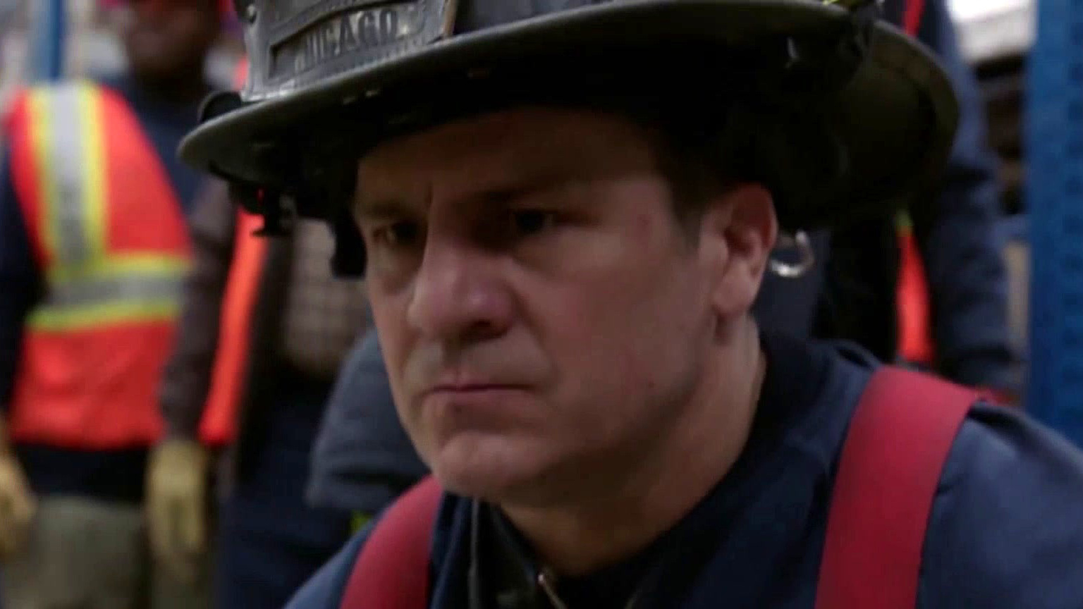 Chicago Fire: Casey, Severide And 51 Try To Save A Man Trapped Under A Forklift