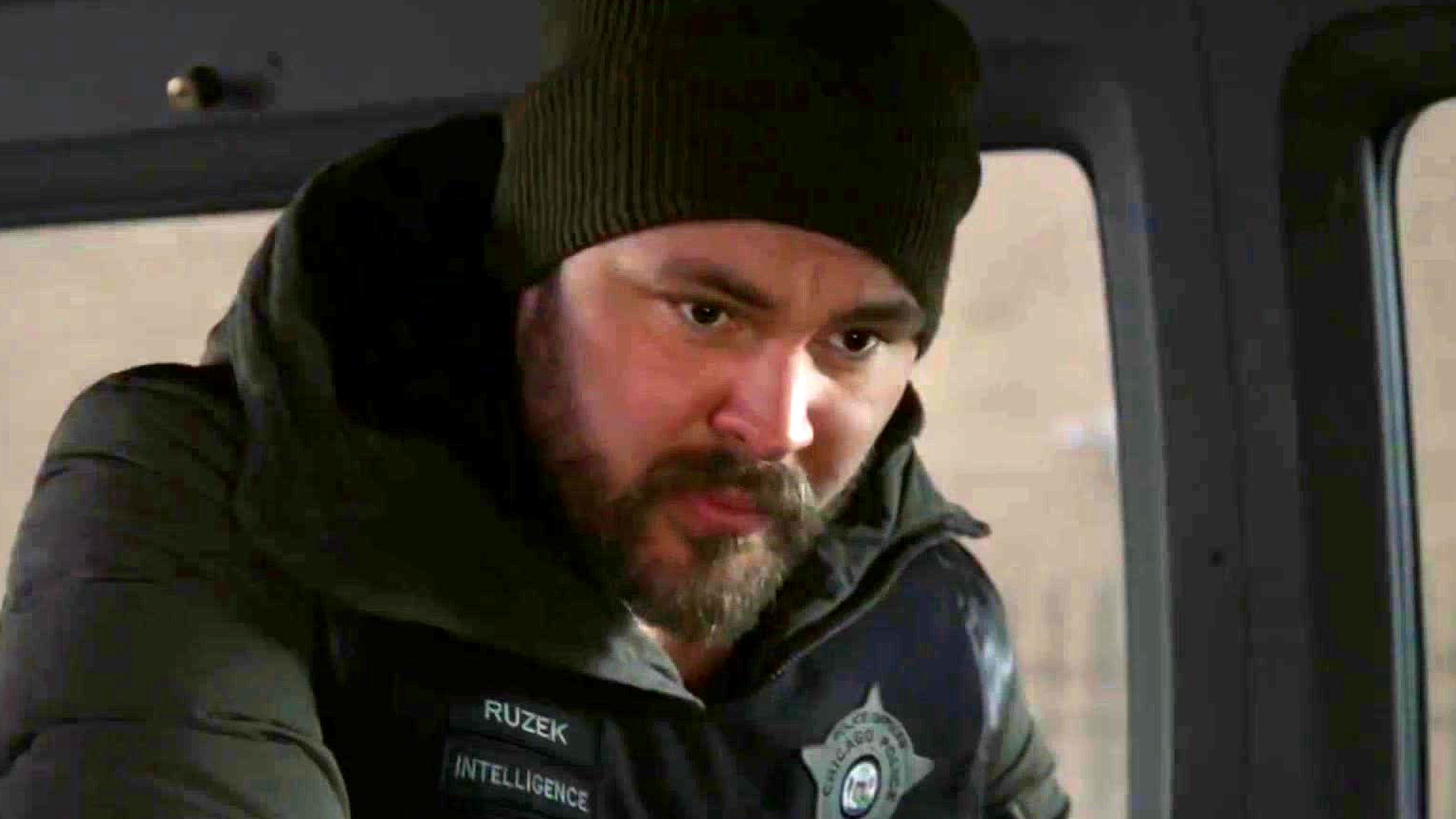 Chicago P.D.: Atwater Goes Undercover On A Drug Deal, And Things Go Terribly Wrong
