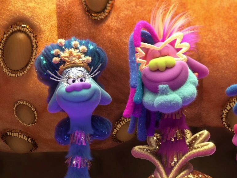 Trolls World Tour: Copper Introduces Poppy And Branch To King Quincy And Queen Essence