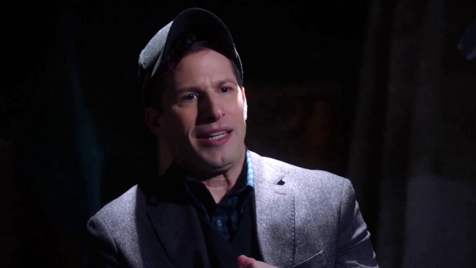 Brooklyn Nine-Nine: Holt Gets Vengeance For His Fluffy Boy