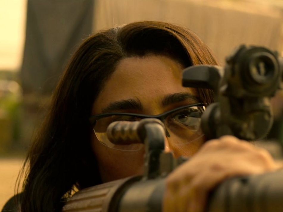 Extraction: On Location: India (Featurette)