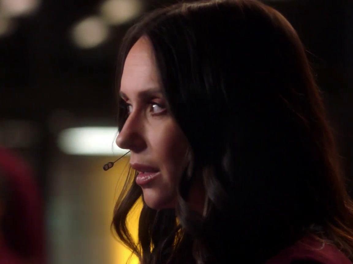 9-1-1: Maddie Gets A Call About A Train Derailment