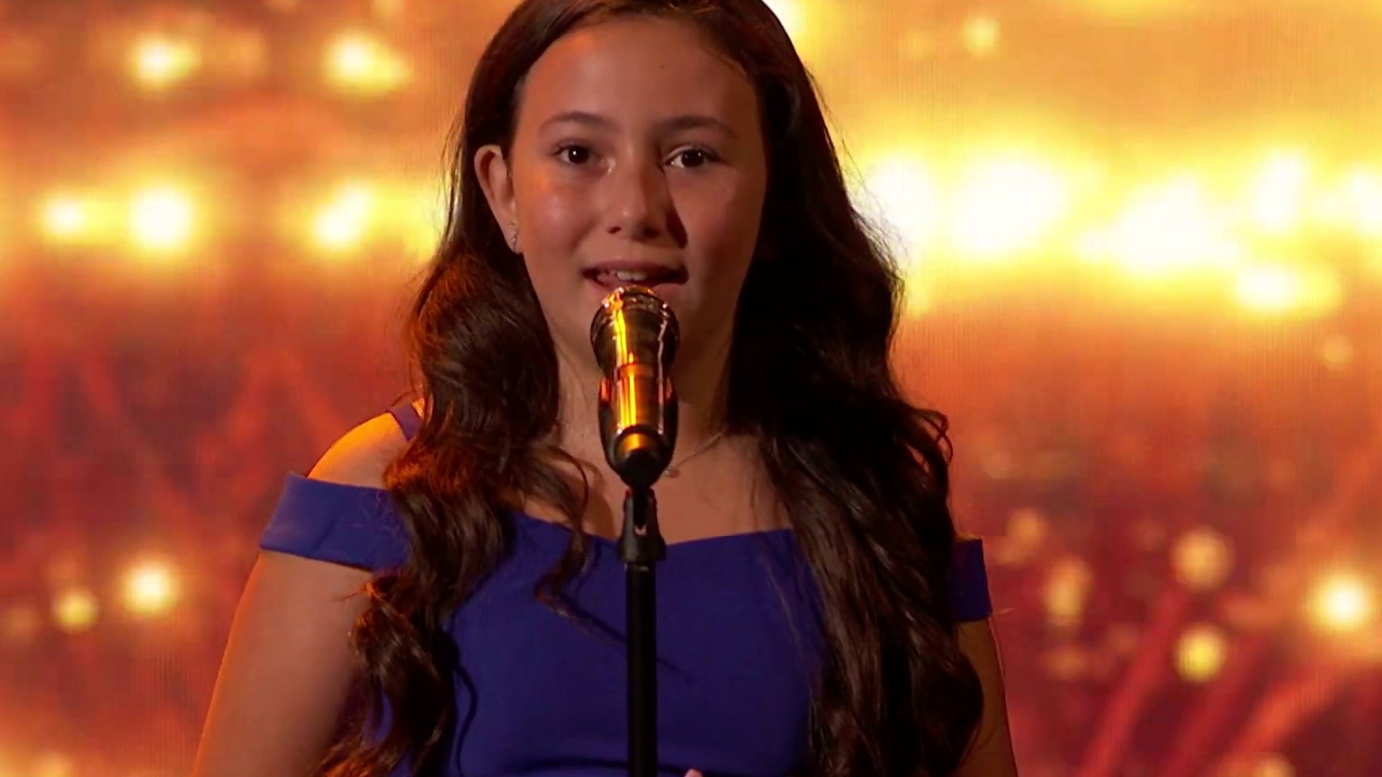 America's Got Talent: 10-Year-Old Roberta Battaglia Sings You Say