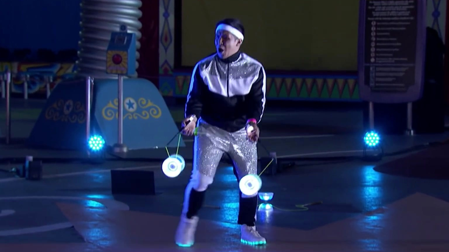 America's Got Talent: Spyros Bros Performs Epic Glow-In-The-Dark Diabolo Routine