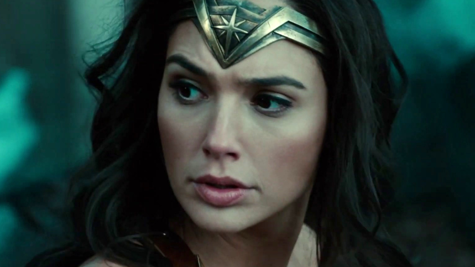 Wonder Woman: Diana Defeats The German Soldiers