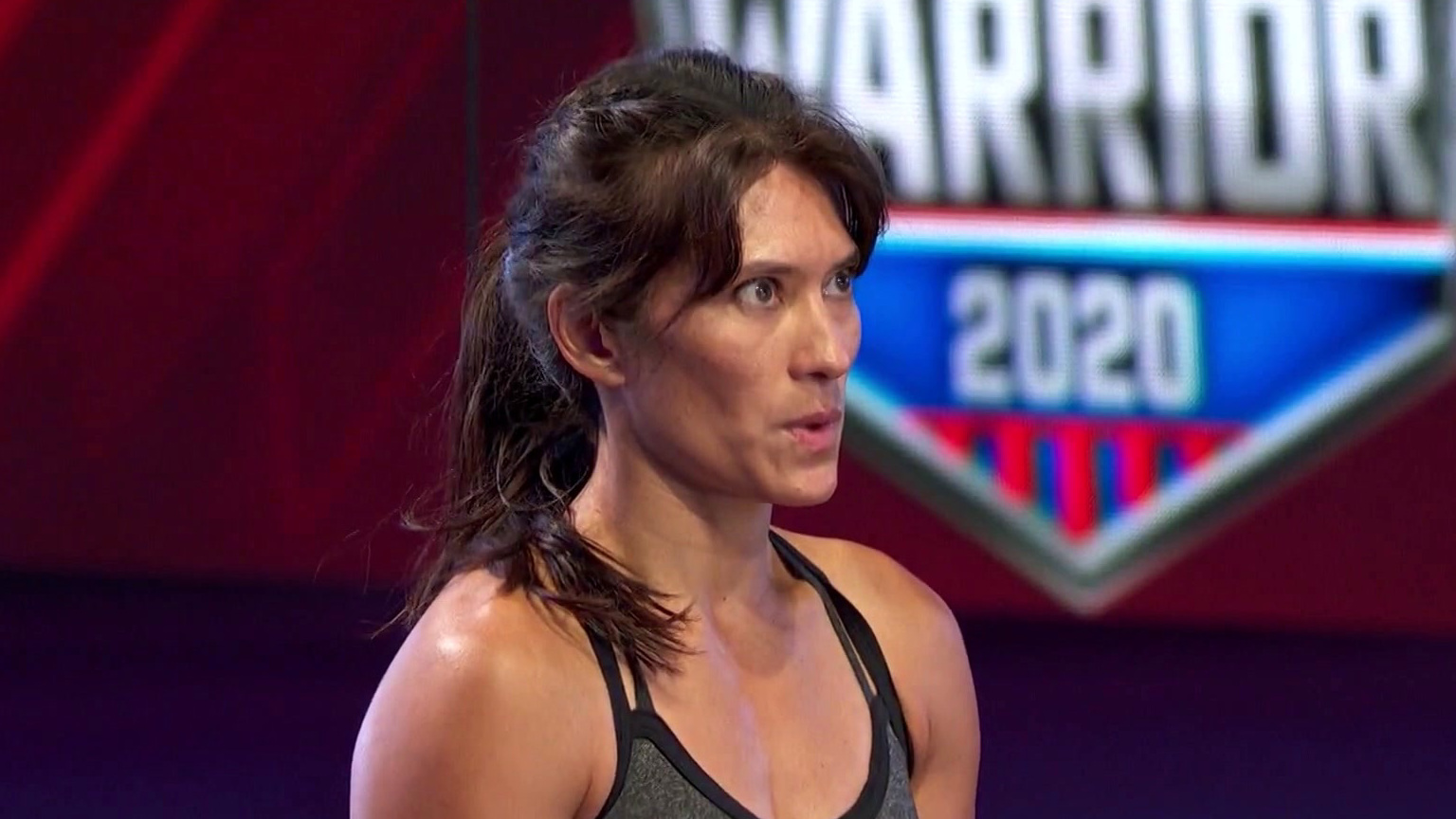 American Ninja Warrior: Sandy Zimmerman Puts Everything Into Her Run