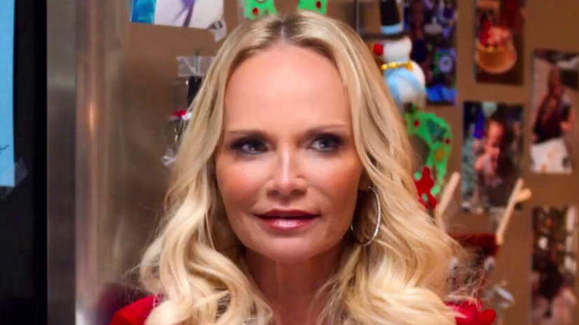 Holidate: Kristin Chenoweth Is Hilarious In Holidate