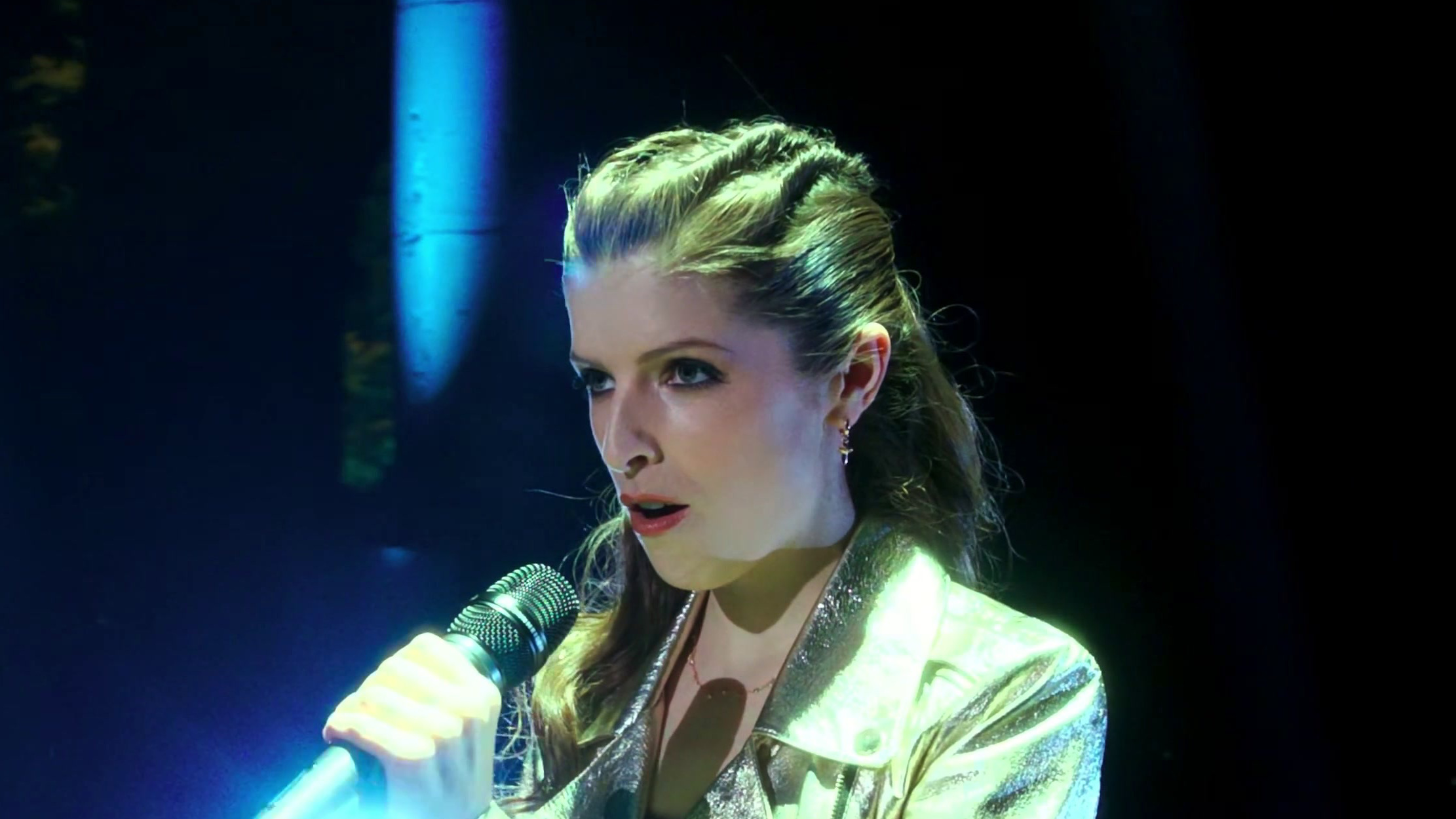 Pitch Perfect 3: Anna Kendrick Performs Freedom!