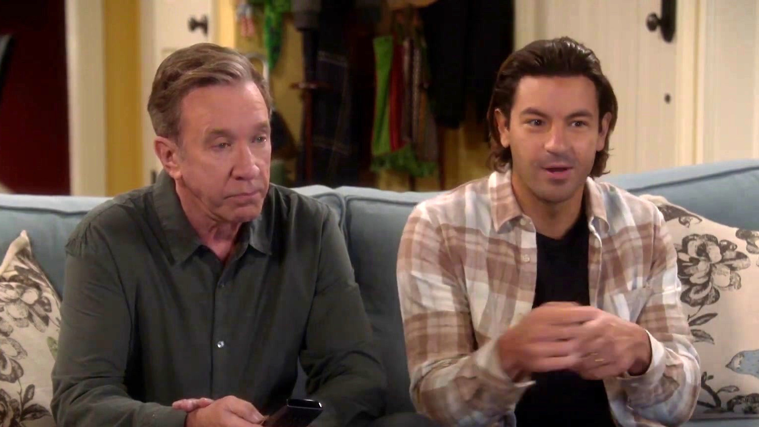 Last Man Standing: Mike Avoids Small Talk With Ryan