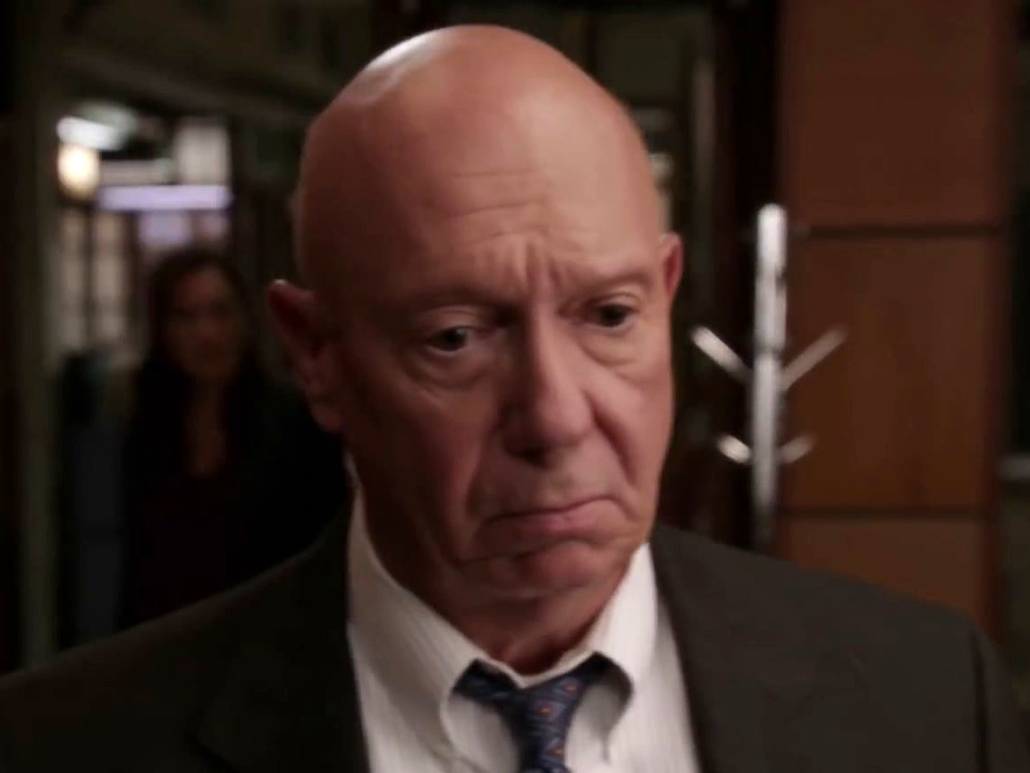 Law & Order: Special Victims Unit: Cragen Tells Benson Stabler Isn't Coming Back