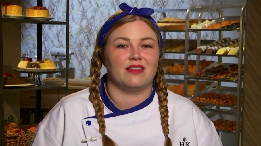 Hell's Kitchen: The Blue Team Is A Hot Mess