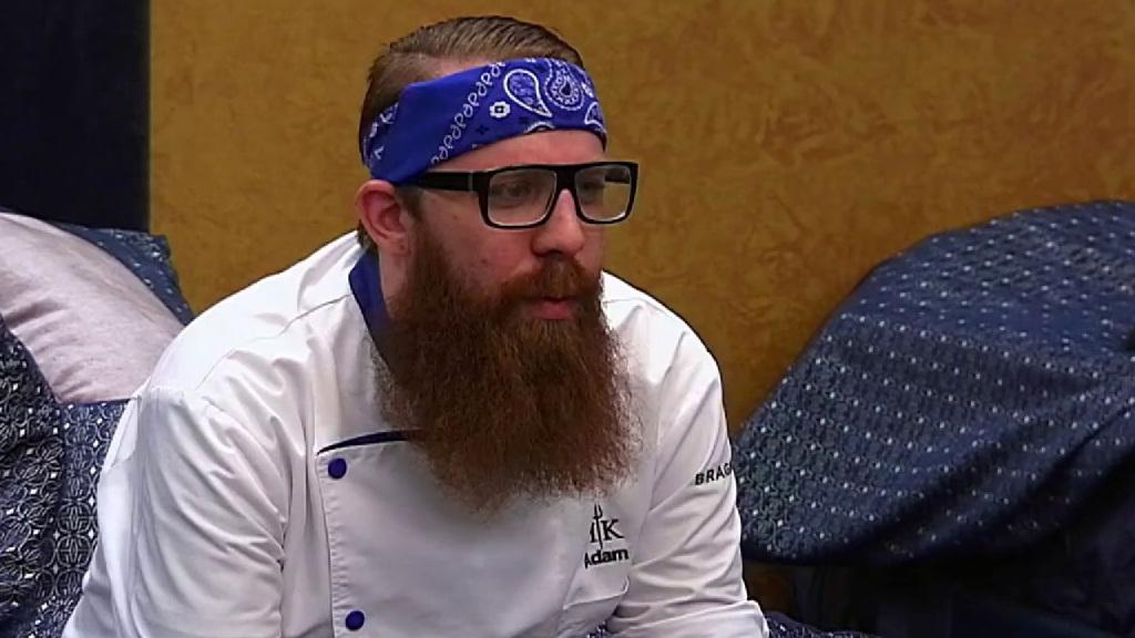 Hell's Kitchen: Nikki & Cody Must Nominate Chefs To Send Home
