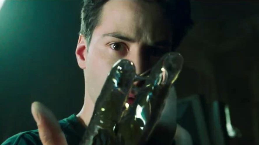 The Matrix Resurrections: Legacy (UK Featurette)