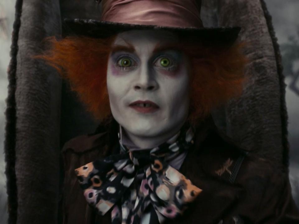 Alice In Wonderland (Super Bowl Tv Spot)