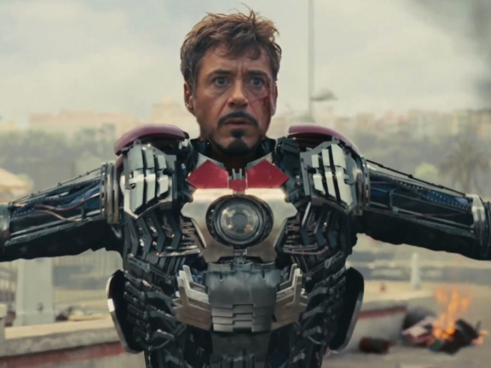 Iron Man 2: Suitcase Suit