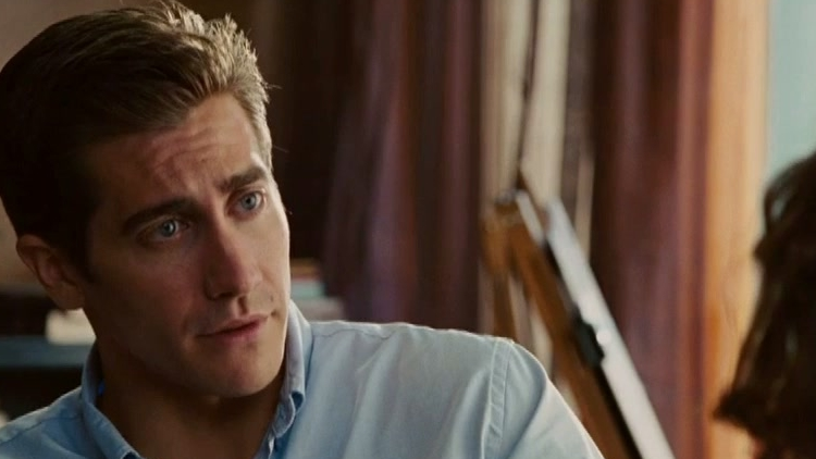 Love & Other Drugs: First Date