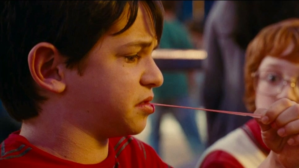 DIARY OF A WIMPY KID: RODRICK RULES (ANYONE FOR PIZZA?)