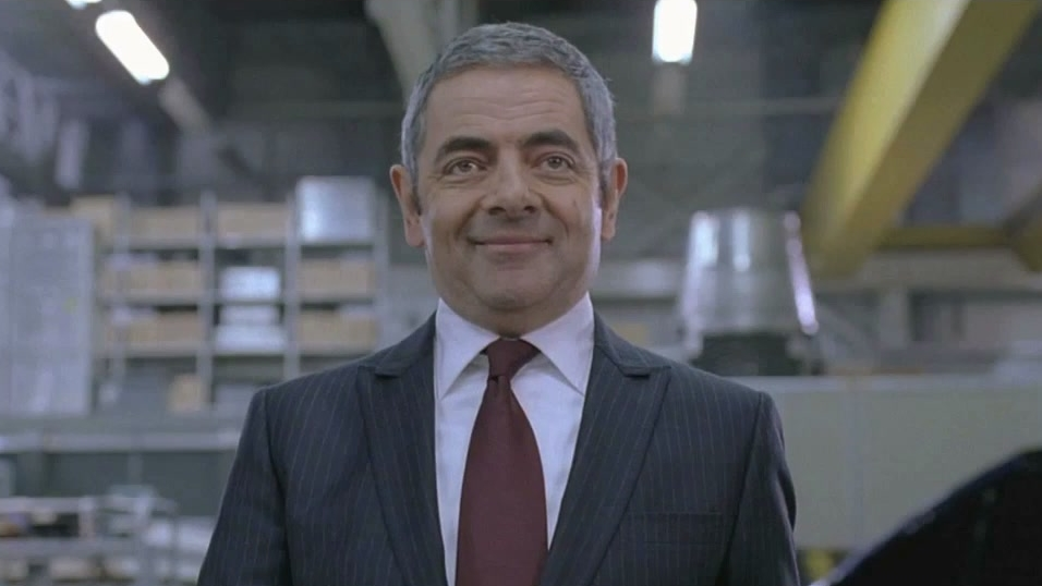 Johnny English Reborn: Gadgets (Featurette)