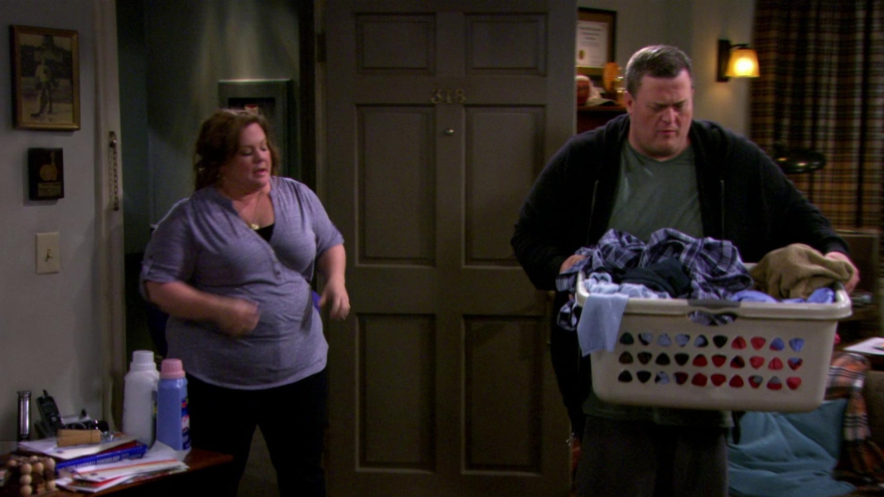 Mike & Molly: Dennis's Birthday