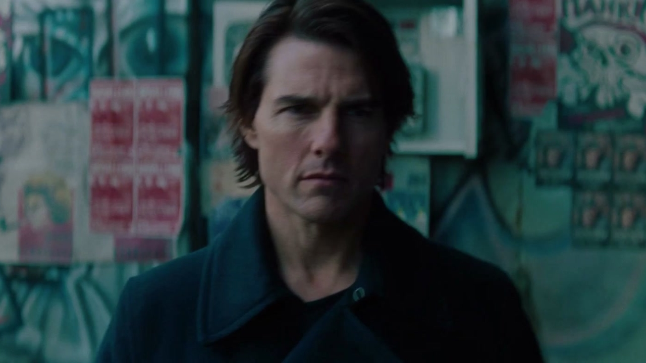 Mission: Impossible Ghost Protocol: Phonebooth
