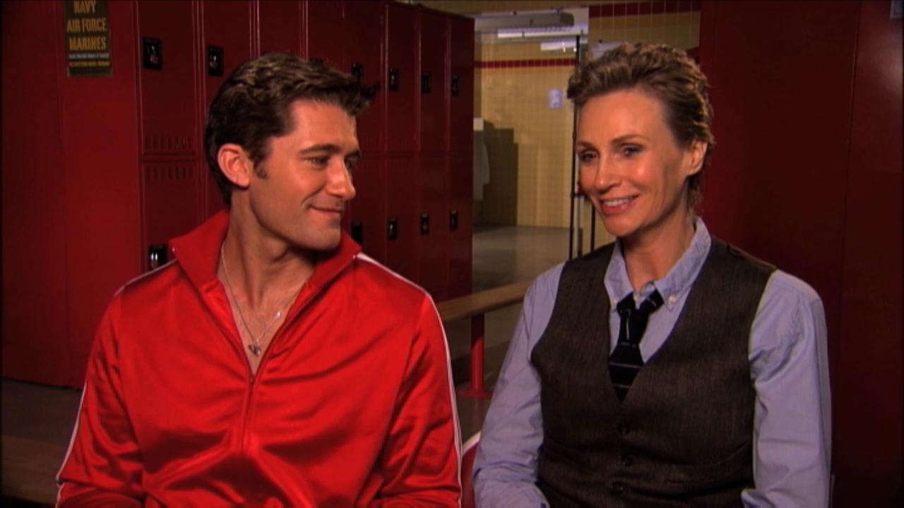 Glee: A Moment Of Glee Matthew & Jane On Swapping Will & Sue's Wardrobe