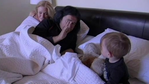 Gene Simmons Family Jewels: Homesick