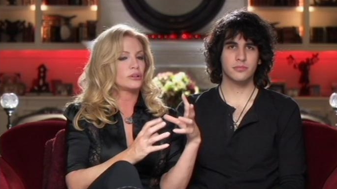 Gene Simmons Family Jewels: Sleeping With The Boss
