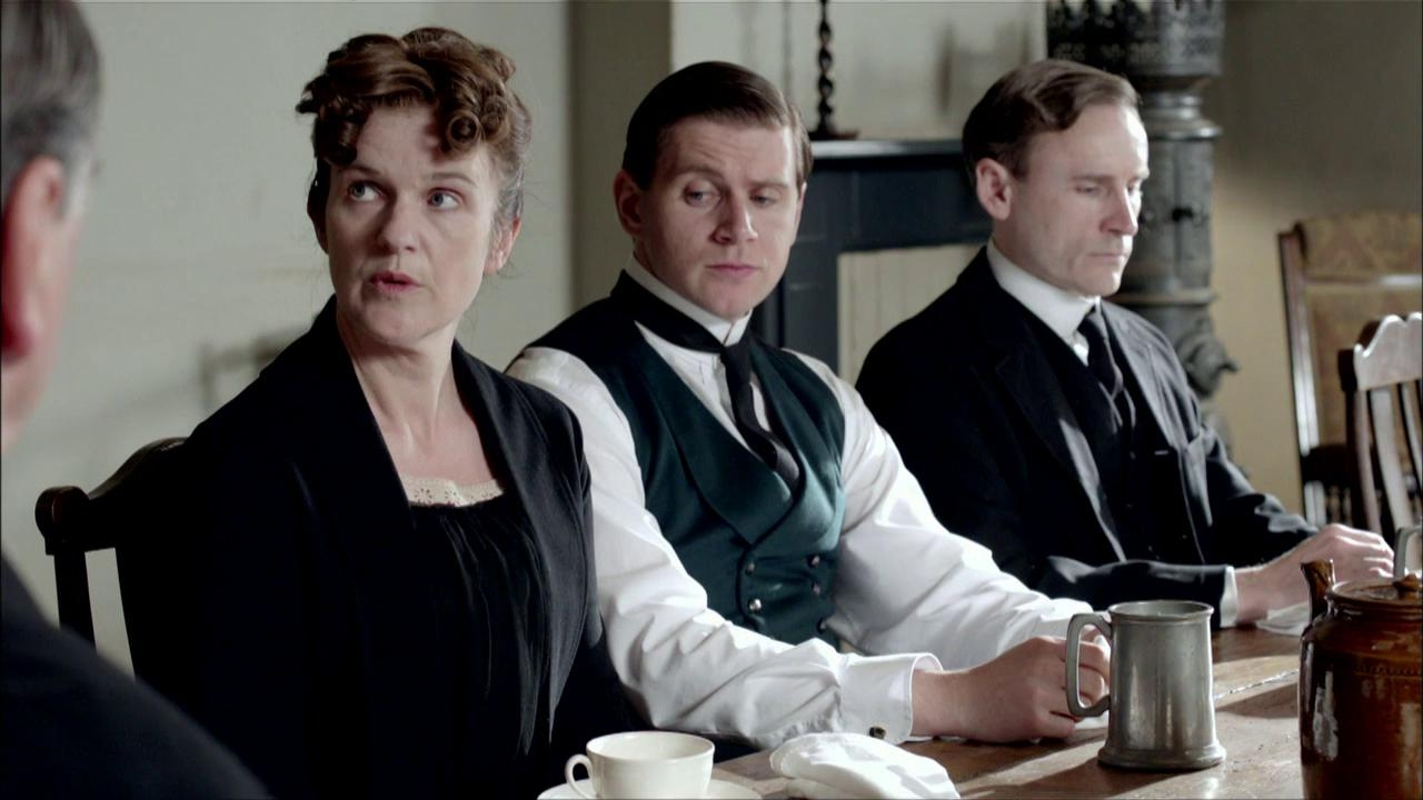 Downton Abbey: Dinner Party Discussing The Chain Of Command