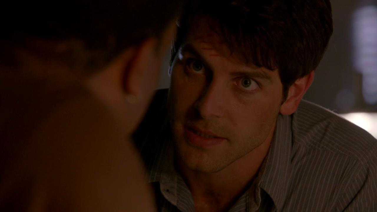 Grimm: Nick Reassures That Hank Is A Good Cop