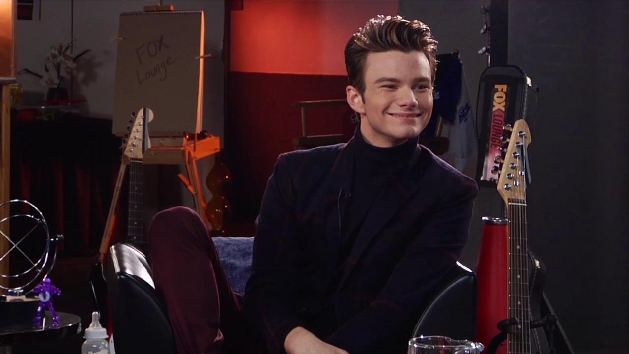 Glee: Lea Shoots Chris In The Face