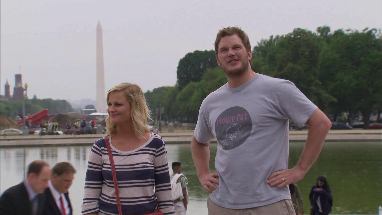 Parks And Recreation: Leslie And Andy Arrive