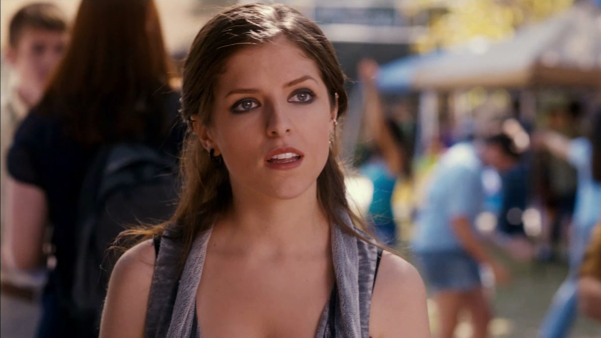 Pitch Perfect: Meet Beca (Featurette)