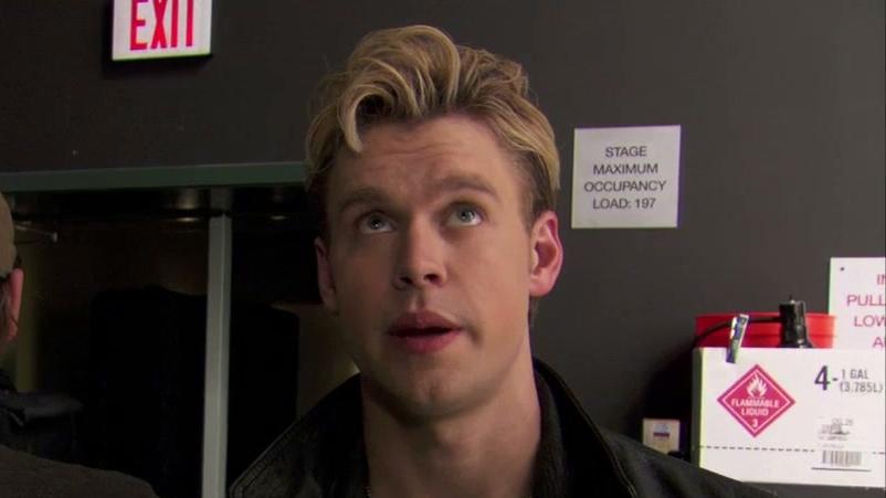 Glee: Revolving Mirrors