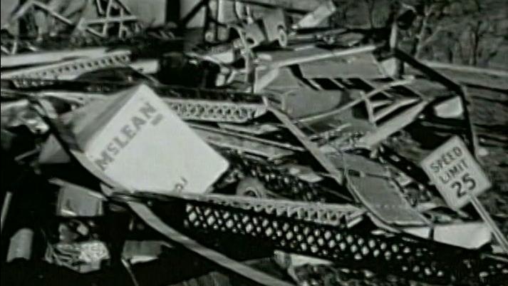 Modern Marvels: Engineering Disasters 4