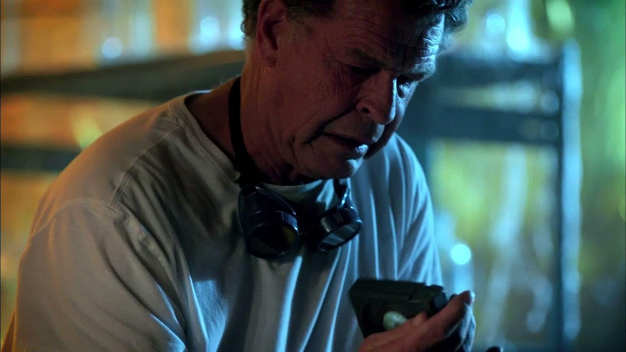 Fringe: Walter Is Up To Something