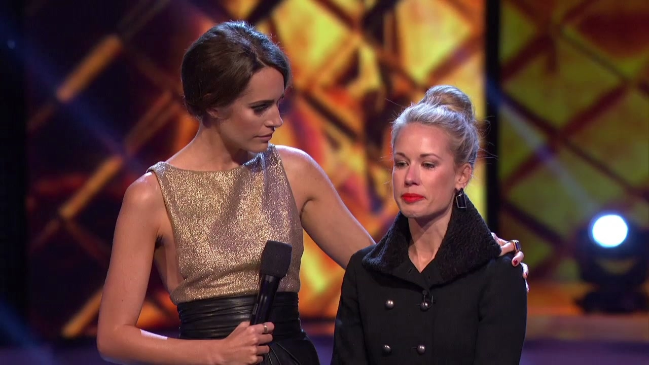 Fashion Star: Hunter Get's Emotional