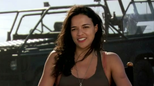Fast & Furious 6: Girl Fights (Featurette)