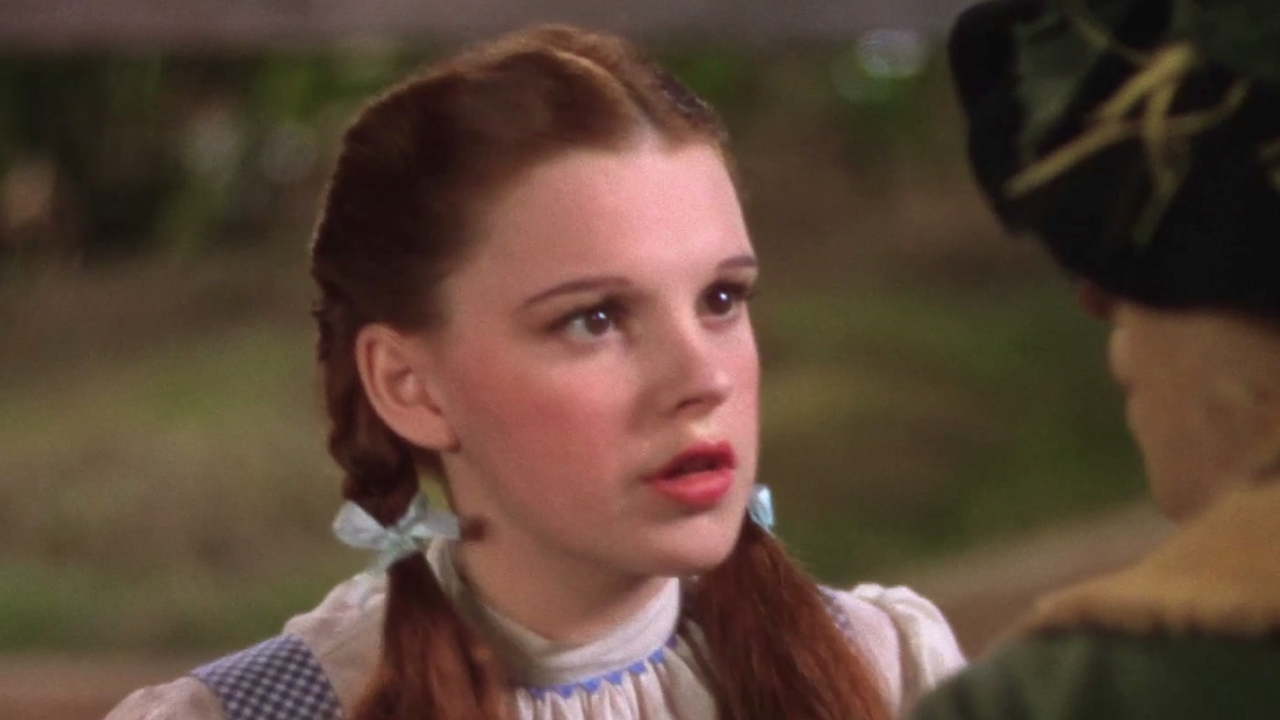 The Wizard Of Oz: Behind The Frame (Featurette)