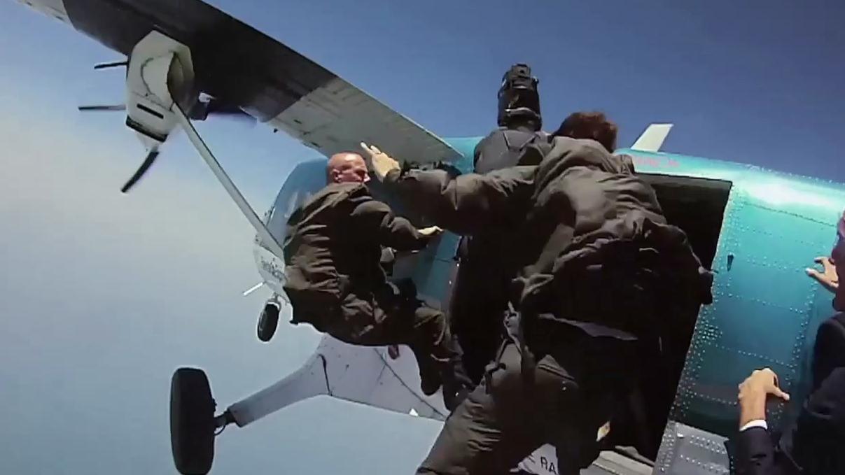 Iron Man 3: Air Force One Jump