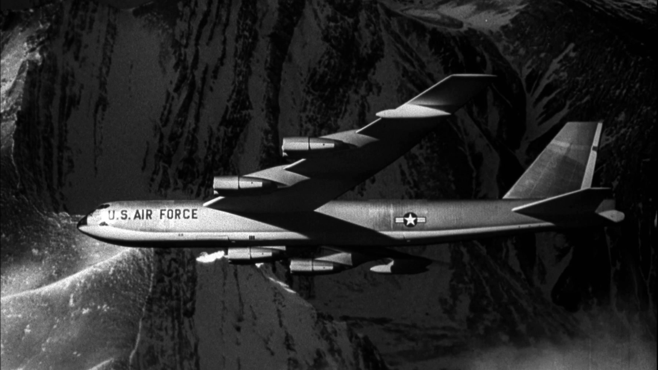 Dr. Strangelove Or: How I Learned To Stop Worrying And Love The Bomb (English Trailer 1)