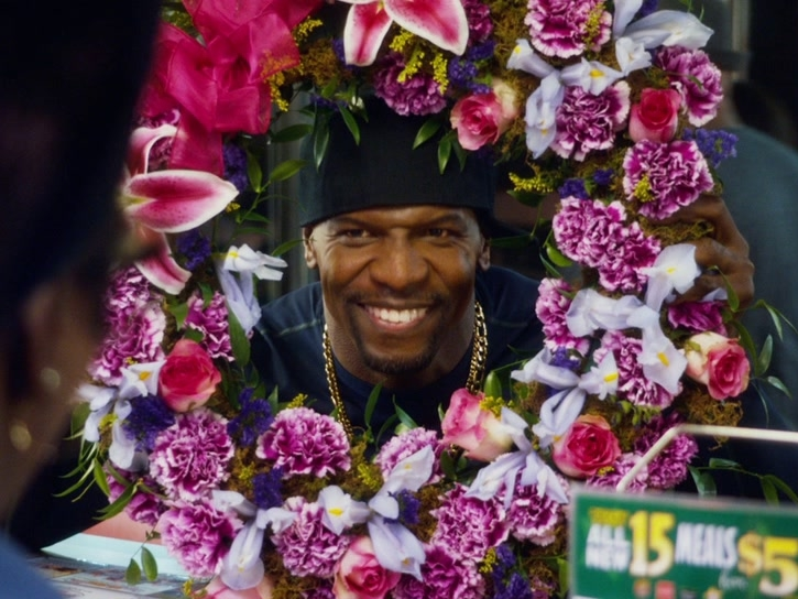 The Single Moms Club: Funeral Wreath Extended