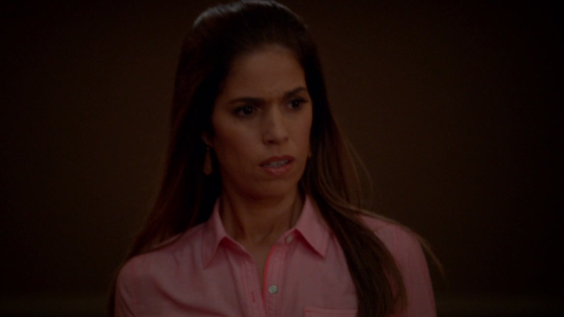 Devious Maids: Walking The Dog