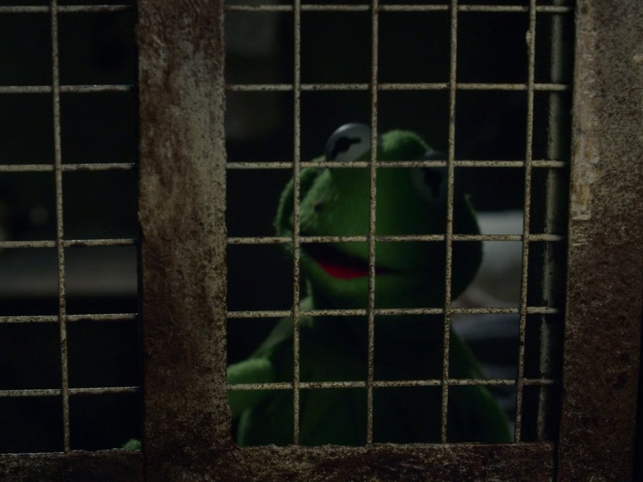 Muppets Most Wanted: Welcome To The Big House