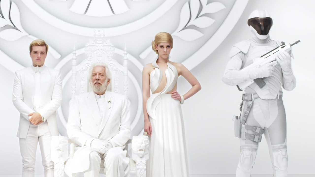 The Hunger Games: Mockingjay Part 1: Unity (Trailer)