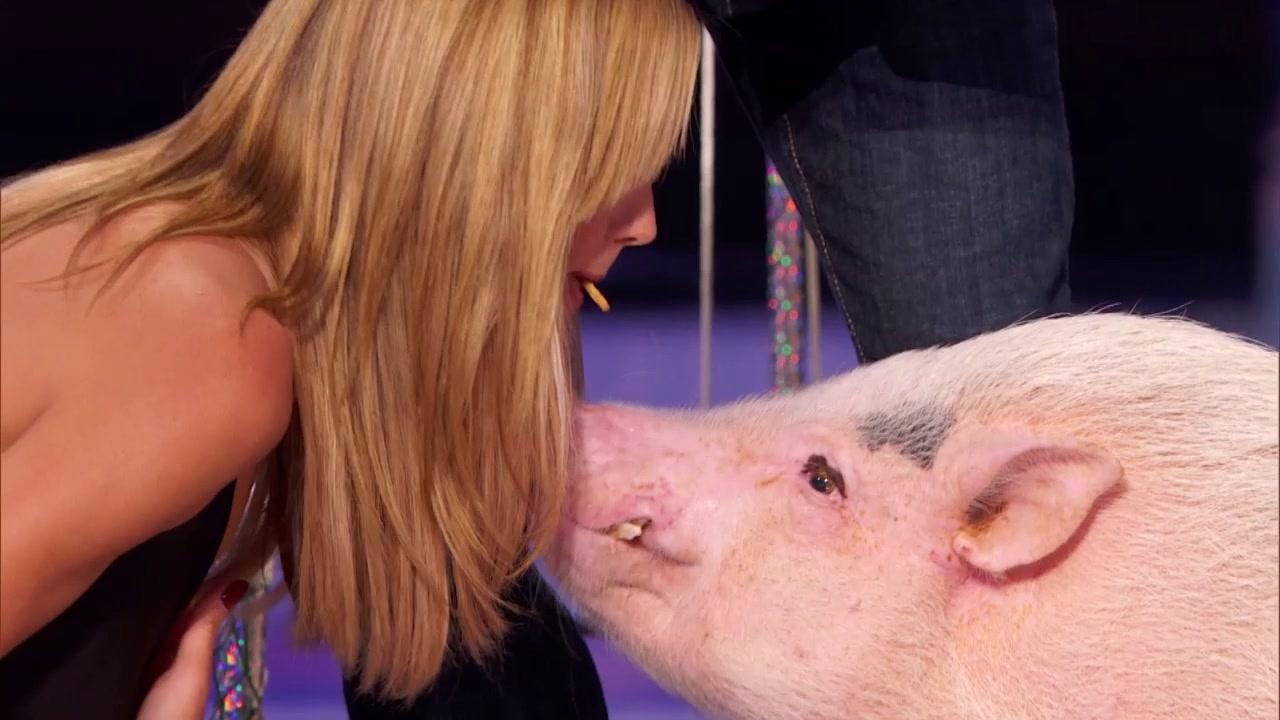America's Got Talent: Judges Talk About Heidi