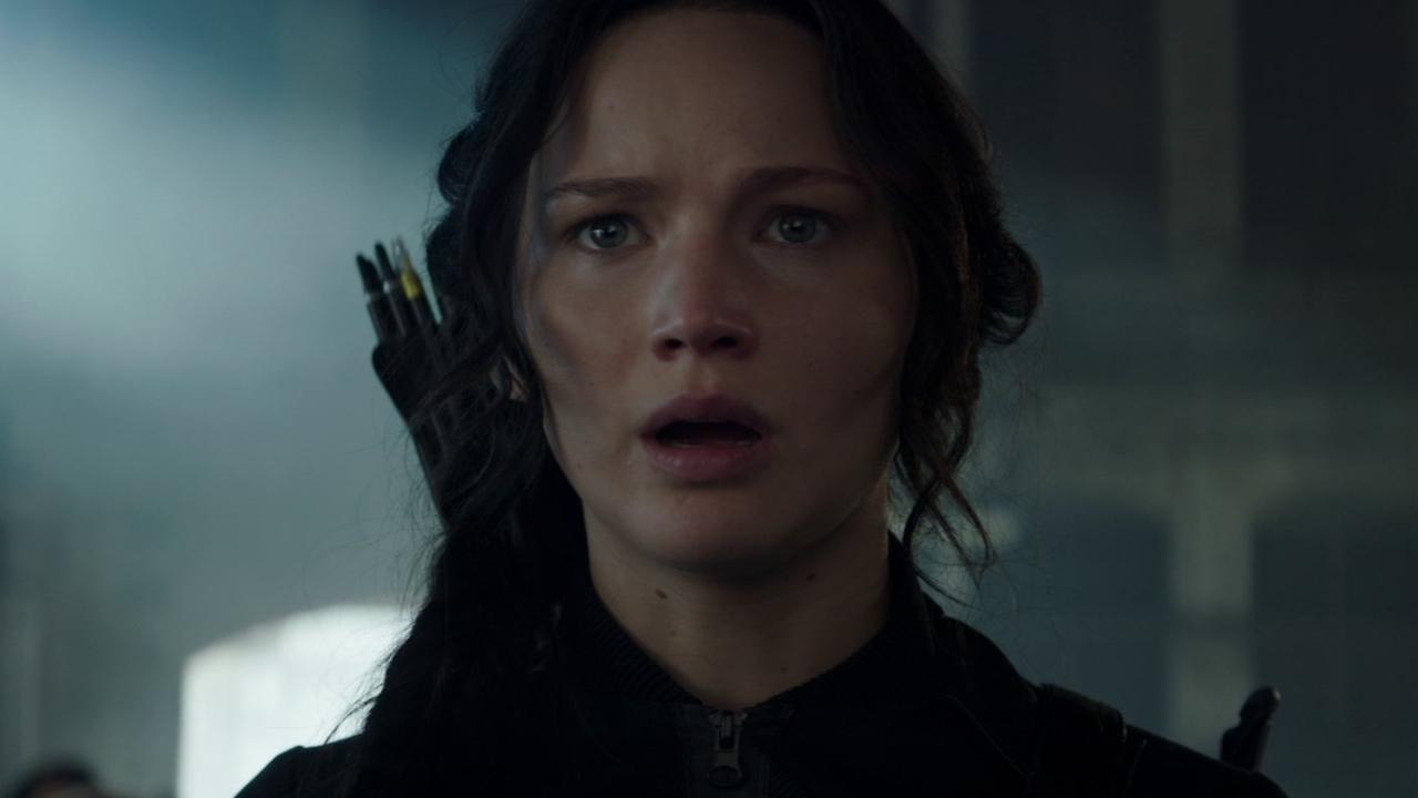 The Hunger Games: Mockingjay Part 1 (Trailer 1)