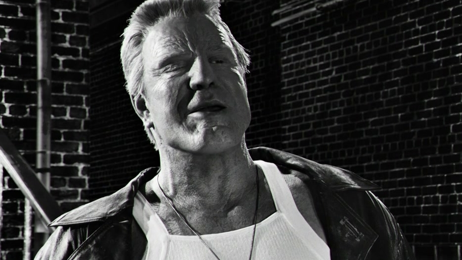Sin City: A Dame To Kill For: Nancy, Marv & Bikers