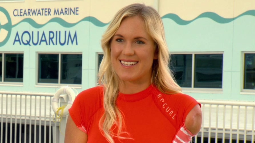 Dolphin Tale 2: Bethany Hamilton On Her Reaction To The First Film