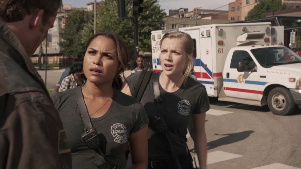 Chicago Fire: Dawson And Sylvie Arrive