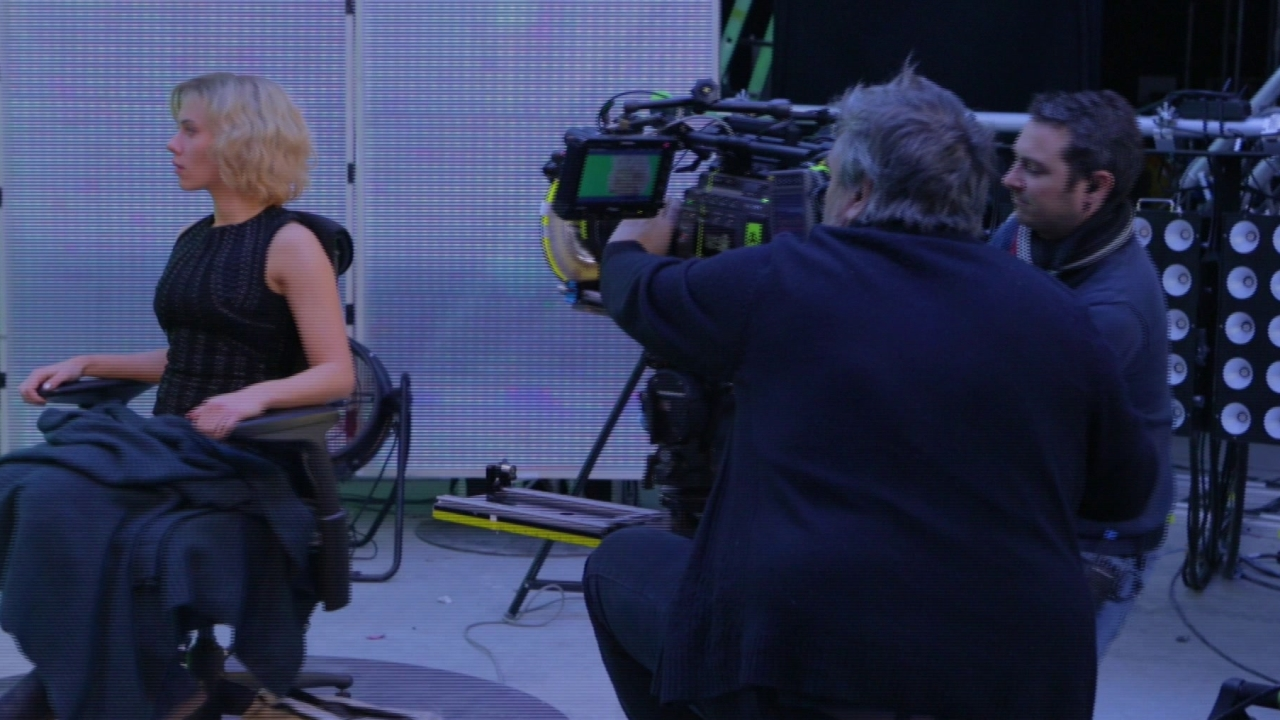 Lucy: Formidable Director